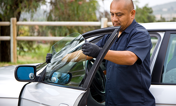 Auto Glass Replacement and Repair